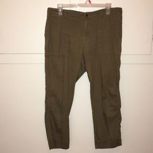 Old Navy Olive Cropped Pants